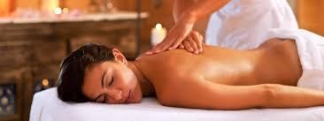 Massaggi con pietre Hot Stones in Centro Benessere