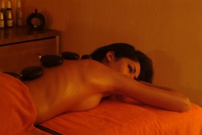 massaggi, sauna, piscina coperta, idromassaggio in Umbria